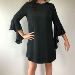 NWT Who What Wear Black Waterfall Shift Dress S